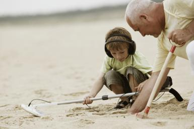 Tips and Tricks of How to Use a Metal Detector 3