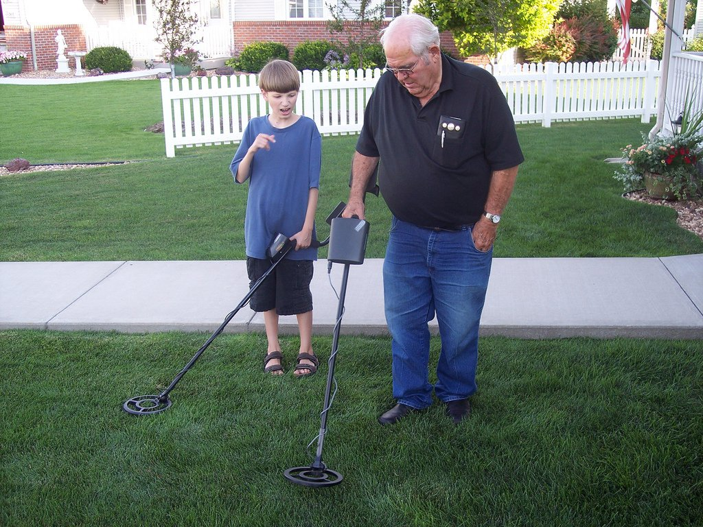 Tips and Tricks: How to Use a Metal Detector 3